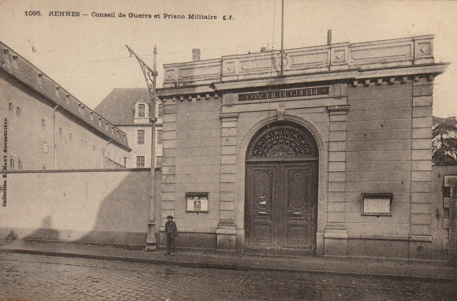 Prison militaire1
